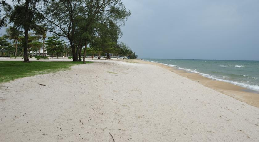 Cho thuê villa kosmos bãi biển phú quốc