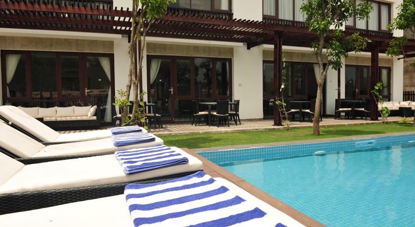 Cho thuê villa kosmos hồ bơi