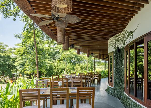 Hệ thống Bar-Nhà hàng với ẩm thực đẳng cấp tại Flamingo Đại Lải resort -  Resort và biệt thự cho thuê tại Việt Nam